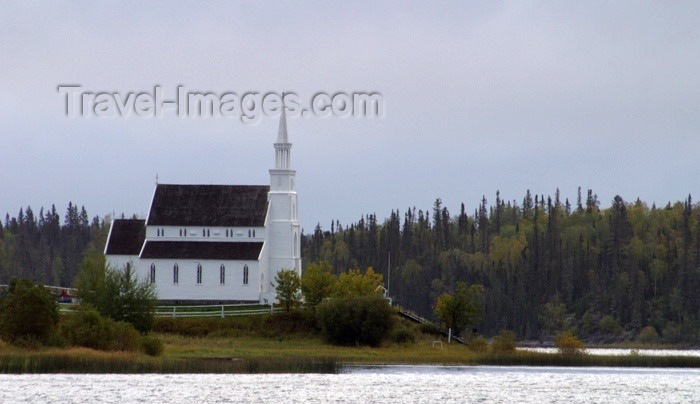 canada80: Canada / Kanada - Saskatchewan - Stanley Mission: beautiful old Church by the water - photo by M.Duffy - (c) Travel-Images.com - Stock Photography agency - Image Bank