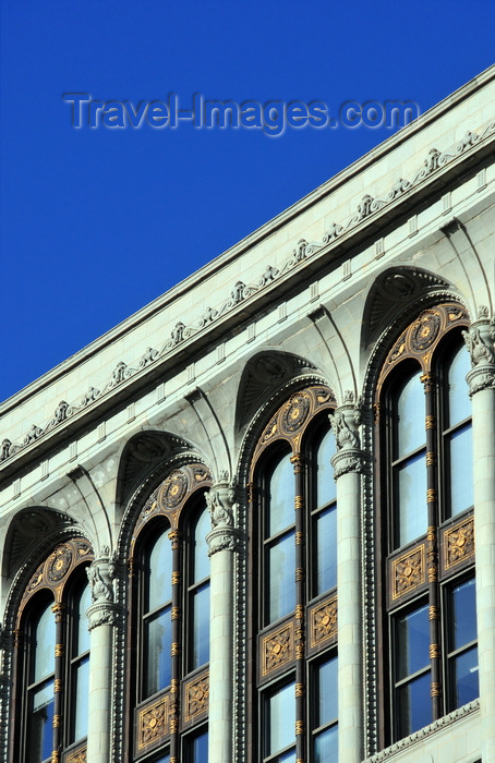 canada810: Winnipeg, Manitoba, Canada: terra-cotta cornice and windows with metal panels - Paris Building - Portage Avenue - Woodman and Carey architects - photo by M.Torres - (c) Travel-Images.com - Stock Photography agency - Image Bank
