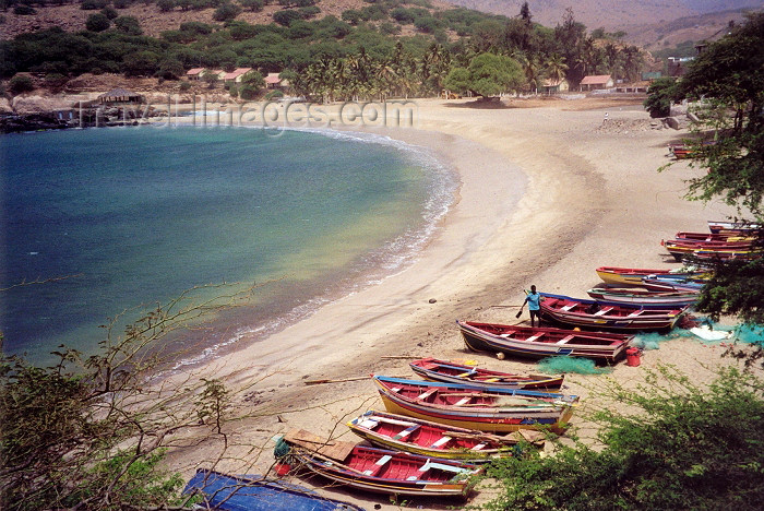 capeverde1: Cabo Verde - Cape Verde - Santiago island / Ilha de Santiago: Tarrafal - the beach - a praia - photo by M.Torres - (c) Travel-Images.com - Stock Photography agency - Image Bank