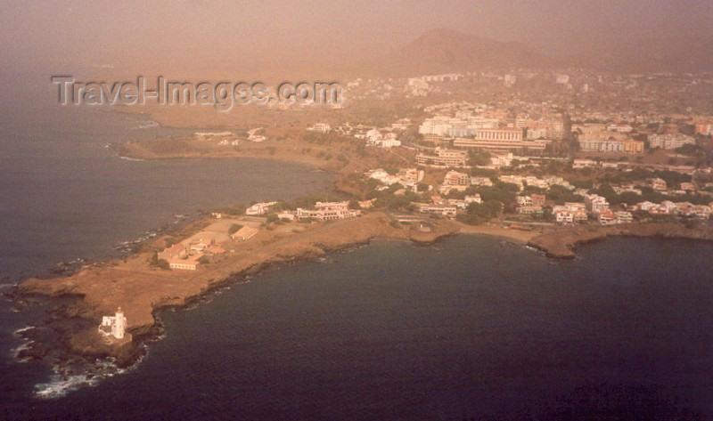 capeverde5: Cabo Verde - Cape Verde - Cidade da Praia, Santiago island: from the air - Ponta Temerosa and Plateau - vista do ar - photo by M.Torres - (c) Travel-Images.com - Stock Photography agency - Image Bank