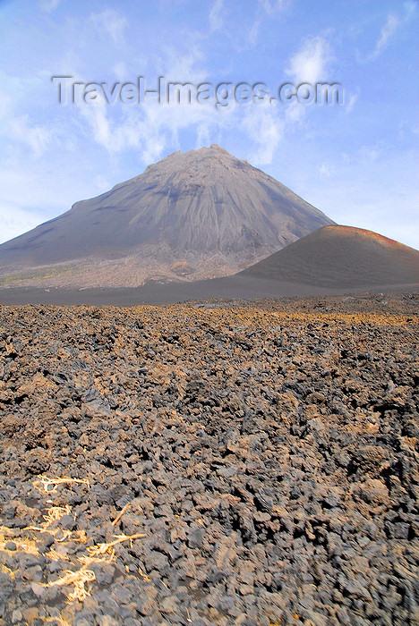 capeverde73: Fogo natural park, Fogo island - Cape Verde / Cabo Verde: Pico do Fogo volcano and lava field - photo by E.Petitalot - (c) Travel-Images.com - Stock Photography agency - Image Bank