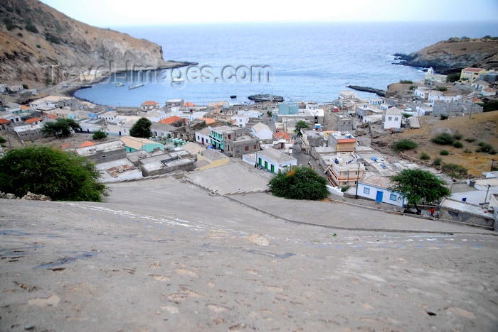 capeverde78: Fajã de Agua, Brava island - Cape Verde / Cabo Verde: small bay - town and harbour from above - photo by E.Petitalot - (c) Travel-Images.com - Stock Photography agency - Image Bank