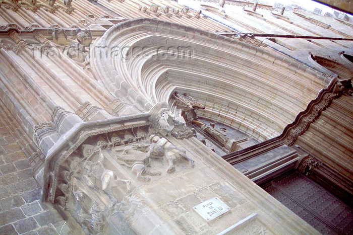 catalon111: Catalonia - Barcelona: Gothic Cathedral - Plaça de Sant Iu - Catedral Gotica - photo by M.Bergsma - (c) Travel-Images.com - Stock Photography agency - Image Bank