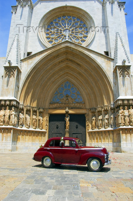 catalon122: Tarragona, Catalonia: façade of the Cathedral - a classical car waits for the bride and groom - Vauxhall Wyvern LIX 4-Door Saloon - photo by B.Henry - (c) Travel-Images.com - Stock Photography agency - Image Bank