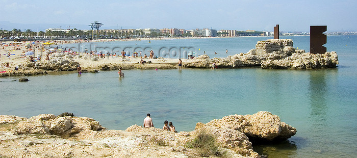 catalon136: La Pineda, Vila-seca, Costa Dorada, Tarragona, Catalonia: the quiet waters of a small cove - photo by B.Henry - (c) Travel-Images.com - Stock Photography agency - Image Bank