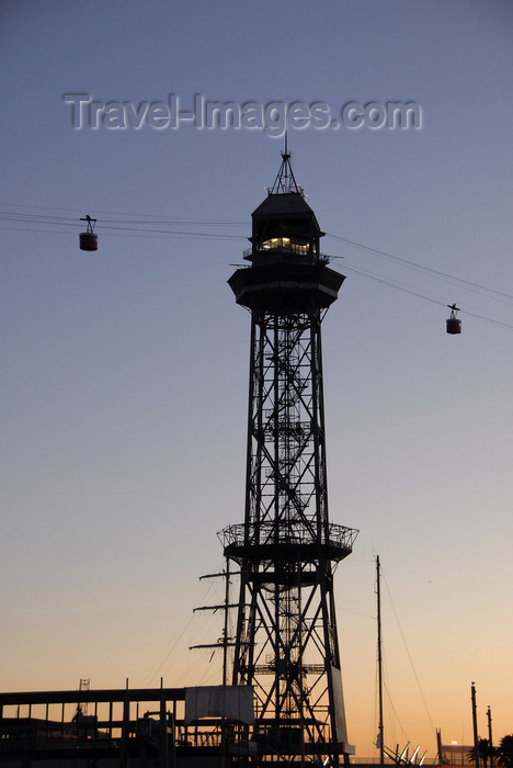 catalon152: Barcelona, Catalonia: cable car station - cable car station - Torre Jaume I at dusk - steel truss tower - part of the aerial tramway from Torre Sant Sebastia to Montjuïc - architect Carles Boigas - Moll de Barcelona - Barceloneta - Transbordador Aeri - photo by T.Marshall - (c) Travel-Images.com - Stock Photography agency - Image Bank