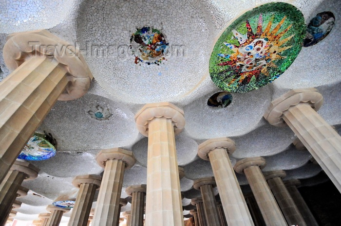 catalon174: Barcelona, Catalonia: ceiling of the Hypostyle Room, Park Güell by Antoni Gaudí, Carmel Hill, Gràcia district - UNESCO World Heritage Site - photo by M.Torres - (c) Travel-Images.com - Stock Photography agency - Image Bank