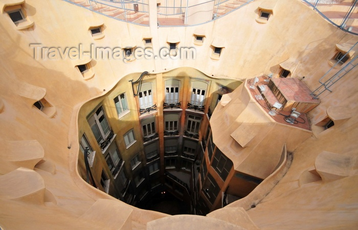 catalon216: Barcelona, Catalonia: circular atrium of Casa Milà, La Pedrera, by Gaudi - UNESCO World Heritage Site - photo by M.Torres - (c) Travel-Images.com - Stock Photography agency - Image Bank
