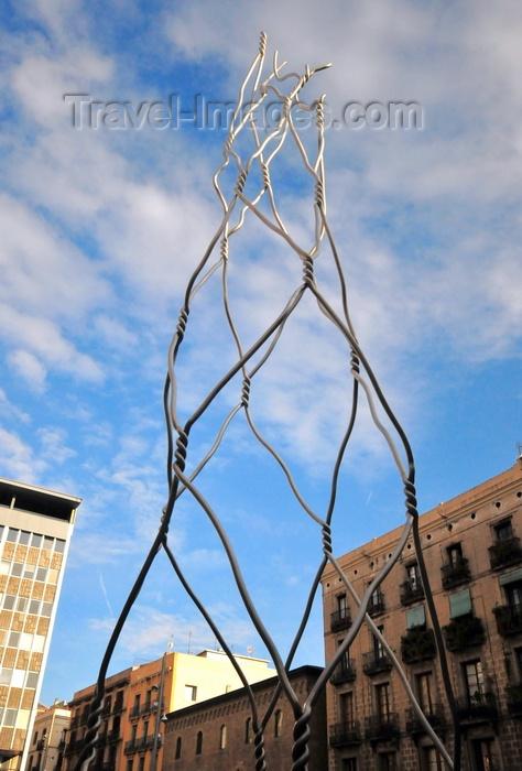 catalon250: Barcelona, Catalonia: Plaça de Sant Miquel - Antoni Llena's chicken wire tribute to Castells human towers - photo by M.Torres - (c) Travel-Images.com - Stock Photography agency - Image Bank