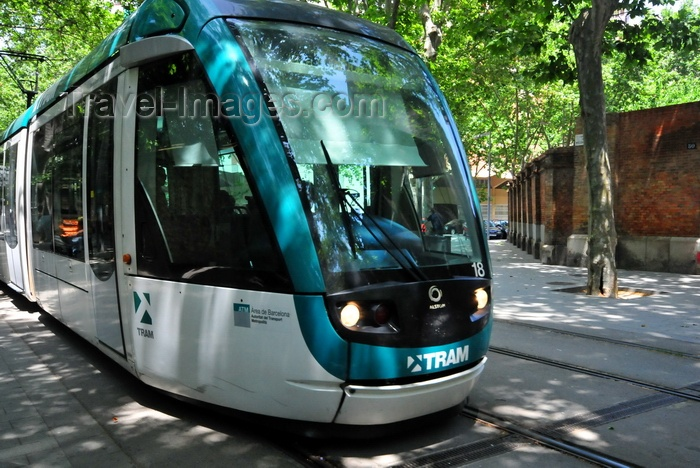 catalon262: Barcelona, Catalonia: the local tram network uses Alstom Citadis trams -  TramMet - photo by M.Torres - (c) Travel-Images.com - Stock Photography agency - Image Bank