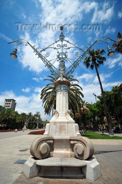 catalon264: Barcelona, Catalonia: Art Nouveau street lamp, Passeig de Lluís Companys - photo by M.Torres - (c) Travel-Images.com - Stock Photography agency - Image Bank
