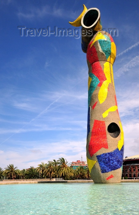 catalon273: Barcelona, Catalonia: Joan Miró park aka Parc l'Escorxador, sculpture Dona i Ocell (Woman and Bird) by Miró with tiles by Joan Gardy Artigas - photo by M.Torres - (c) Travel-Images.com - Stock Photography agency - Image Bank