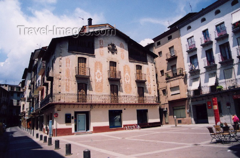 catalon29: Catalonia / Catalunya - La Seu d'Urgell / Seo de Urgel, Alt Urgell Lleida province: sunny façade - photo by Miguel Torres - (c) Travel-Images.com - Stock Photography agency - Image Bank
