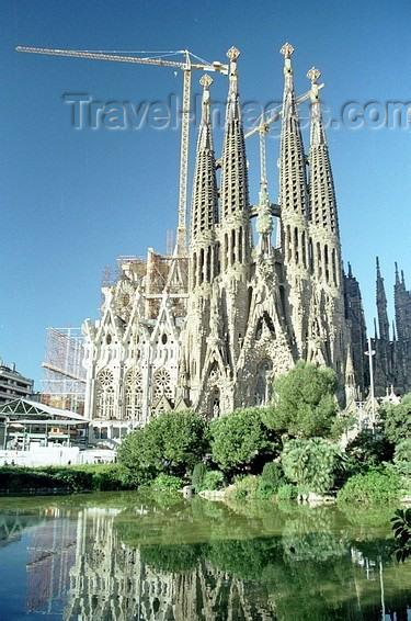 catalon42: Catalonia - Barcelona: Sagrada Familia and the park - the Nativity façade - architect Antoni Gaudí - photo by J.Kaman - (c) Travel-Images.com - Stock Photography agency - Image Bank