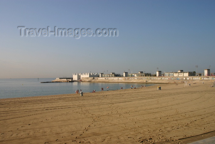 catalon62: Catalonia - Barcelona: empty beach - photo by C.Blam - (c) Travel-Images.com - Stock Photography agency - Image Bank