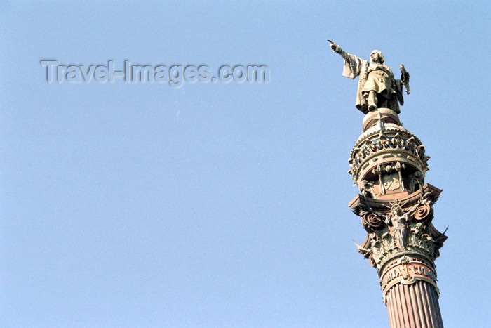 catalon73: Catalonia - Barcelona: Christopher Columbus points the finger at America - Monumento a Cristóbal Colón - photo by M.Bergsma - (c) Travel-Images.com - Stock Photography agency - Image Bank