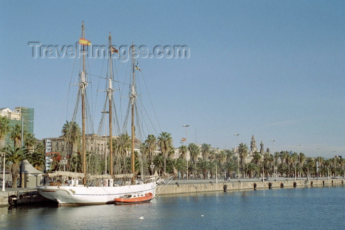 catalon77: Catalonia - Barcelona: tall ship - the marina - Port Vell - the boat Santa Eulália at Moll de la fusta, Museu maritim - velero - pailebote - photo by M.Bergsma - (c) Travel-Images.com - Stock Photography agency - Image Bank