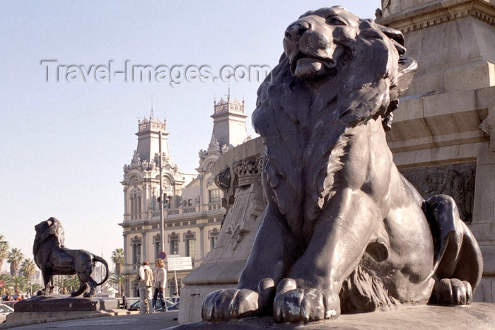 catalon87: Catalonia - Barcelona: lions at Christopher Columbus' monument and Port de Barcelona building - photo by M.Bergsma - (c) Travel-Images.com - Stock Photography agency - Image Bank