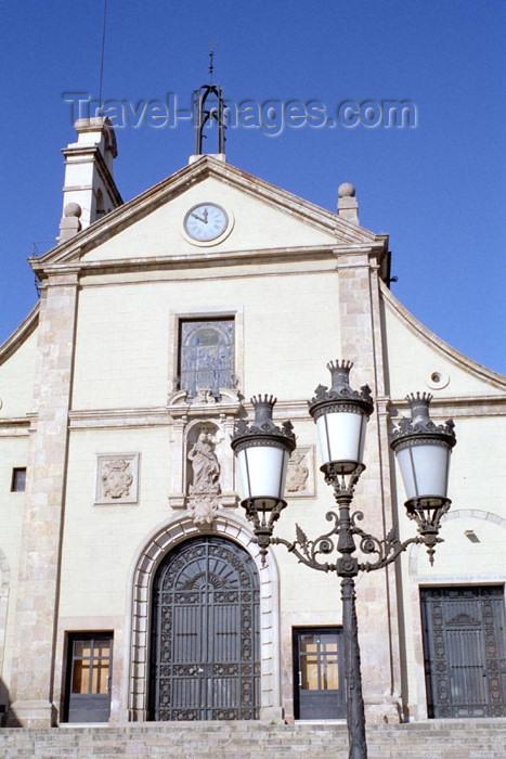 catalon97: Catalonia - Barcelona: church façade / Església Parroquial Verge de Grácia i Sant Josep - photo by M.Bergsma - (c) Travel-Images.com - Stock Photography agency - Image Bank