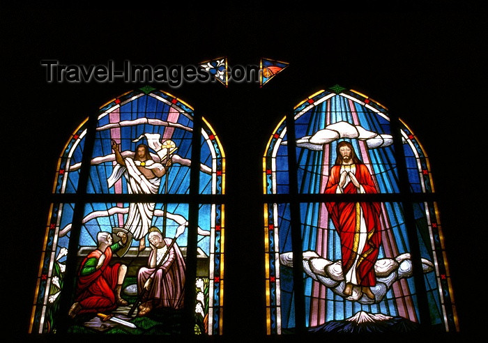 cayman3: Grand Cayman - Grand Cayman - George Town: Church - tainted glass windows - photo by F.Rigaud - (c) Travel-Images.com - Stock Photography agency - Image Bank
