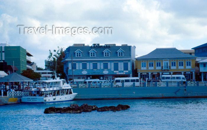 cayman9: Grand Cayman - Grand Cayman - George Town: waterfont - photo by F.Rigaud - (c) Travel-Images.com - Stock Photography agency - Image Bank