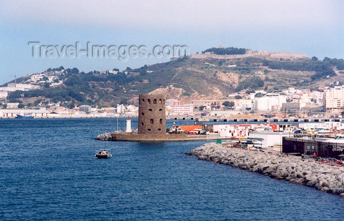 ceuta17: Ceuta, North Africa: Mount Hacho and the marina - one of the Pillars of Hercules / Monte Hacho e a marina / Monte Hacho y el Puerto Deportivo - photo by M.Torres - (c) Travel-Images.com - Stock Photography agency - Image Bank