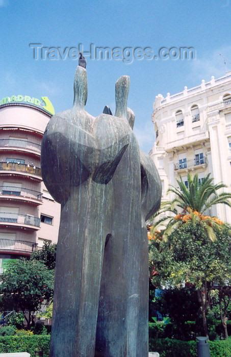 ceuta5: Ceuta: the Coexistence sculpture, by Elena Laverón - Plaza de los Reyes / Escultura da Convivência / Escultura de la Convivencia - escultora ceutí Elena Laverón - photo by M.Torres - (c) Travel-Images.com - Stock Photography agency - Image Bank
