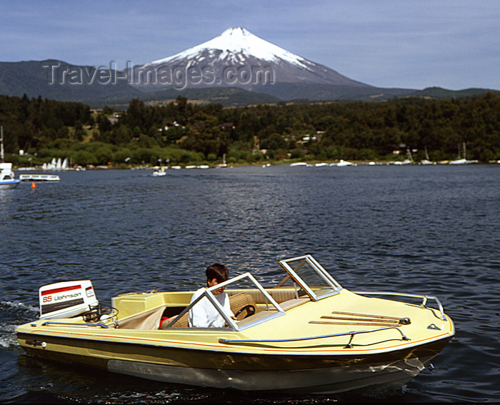 chile104: Araucanía Region, Chile - Pucón: Lake Villarica - small boat and view of Villarica volcano - photo by Y.Baby - (c) Travel-Images.com - Stock Photography agency - Image Bank