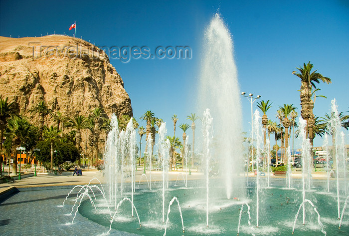 chile130: Arica, Chile: Morro de Arica and fountain | Morro de Arica y fuente - photo by D.Smith - (c) Travel-Images.com - Stock Photography agency - Image Bank