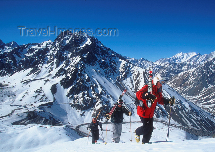 chile159: Portillo, Valparaíso region, Chile: group of skiers climbing in the Andes Mountains - photo by S.Egeberg - (c) Travel-Images.com - Stock Photography agency - Image Bank