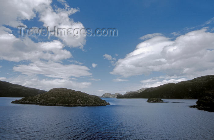 chile213: Gulf of Ancud, Los Lagos Region, Chile: temperate rain forest, ocean and islands en route from Puerto Montt to Puerto Natales - Patagonia - photo by C.Lovell - (c) Travel-Images.com - Stock Photography agency - Image Bank