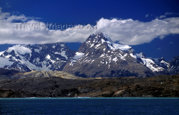 chile248: Torres del Paine National Park, Magallanes region, Chile: Andes peak Colorado Paine Grande (3050 m), is the highest in the park - Chilean Patagonia - photo by C.Lovell - (c) Travel-Images.com - Stock Photography agency - Image Bank