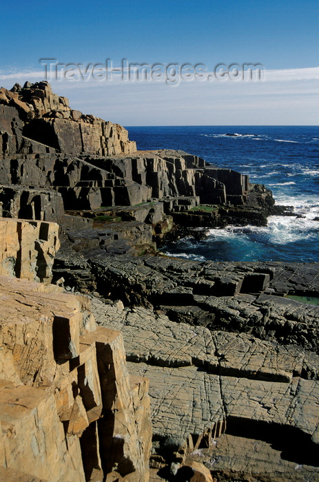 chile25: Los Molles, Valparaíso region, Chile: vertical rocks along the coast - photo by C.Lovell - (c) Travel-Images.com - Stock Photography agency - Image Bank