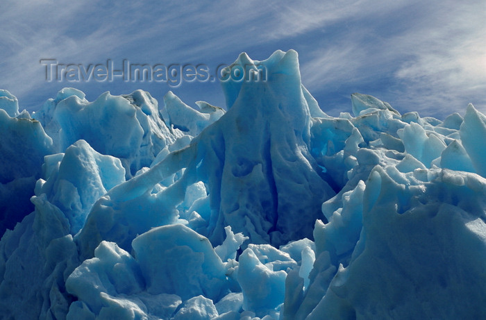 chile87: Torres del Paine National Park, Magallanes region, Chile: fluted ice sculptures - ice texture of the massive Grey Glacier - Chilean Patagonia - photo by C.Lovell - (c) Travel-Images.com - Stock Photography agency - Image Bank