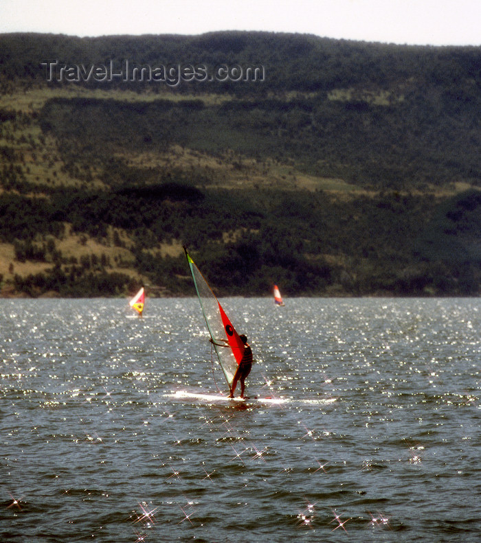 chile99: Araucanía Region, Chile - Pucón - Province of Cautín: windsurfer in Lake Villarrica - photo by Y.Baby - (c) Travel-Images.com - Stock Photography agency - Image Bank
