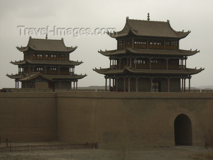 china190: China - Jiayuguan (Gansu province): the final point of the Great Wall - Silk Road - inner Mongolia - Gate to China - photo by M.Samper - (c) Travel-Images.com - Stock Photography agency - Image Bank