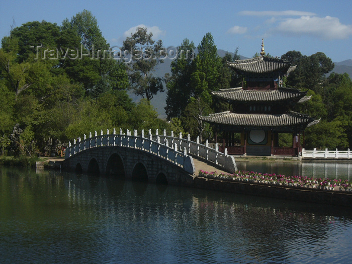 china232: Lijiang, Yunnan Province, China: Dragon Park - pagoda and stone bridge by the water - photo by M.Samper - (c) Travel-Images.com - Stock Photography agency - Image Bank
