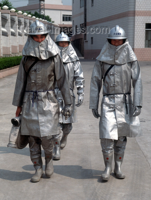 china247: Dongguan, Guangdong province, China: Chinese firemen - in full gear - photo by B.Henry - (c) Travel-Images.com - Stock Photography agency - Image Bank