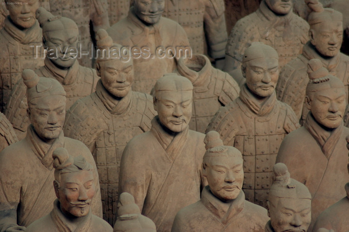 china41: Xian, Shanxi Province, China: unearthed and upright - terracotta warriors of Emperor Qin Shi Huangdi - army marching - Mausoleum of the first Qin Emperor - Unesco World Heritage site - photo by R.Eime - (c) Travel-Images.com - Stock Photography agency - Image Bank