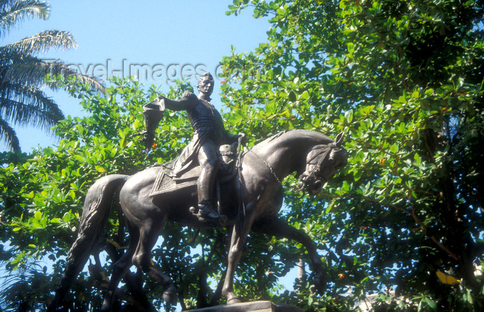 colombia11: Colombia - Cartagena: Simon Bolivar monument  - equestrian statue - photo by D.Forman - (c) Travel-Images.com - Stock Photography agency - Image Bank