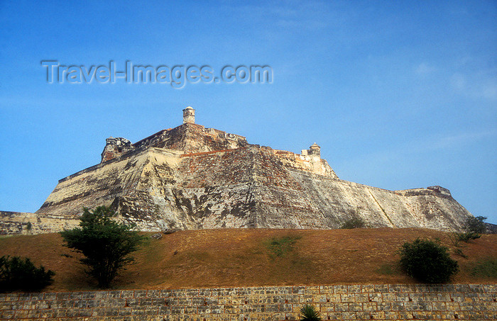 colombia12: Colombia - Cartagena: Castillo de San Felipe on San Lárazo hill - UNESCO World Heritage Site - photo by D.Forman - (c) Travel-Images.com - Stock Photography agency - Image Bank