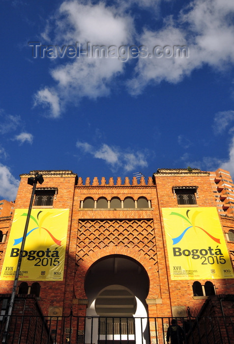 colombia134: Bogotá, Colombia: Santamaría bullring, designed by the Spanish architect Santiago Mora - Plaza de Toros de Santamaría - Centro Internacional de Bogotá - barrio San Diego - Santa Fe - photo by M.Torres - (c) Travel-Images.com - Stock Photography agency - Image Bank