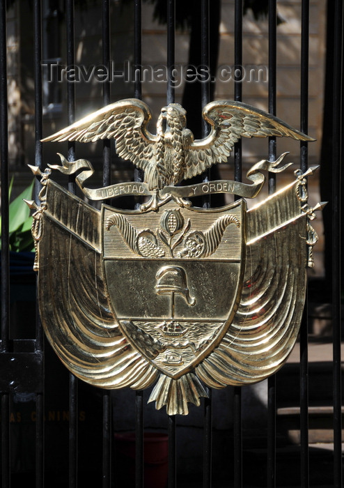 colombia60: Bogotá, Colombia: Colombian Coat of Arms on the fence of the Congress compound - Capitolio Nacional - La Candelaria - Centro Administrativo - La Candelaria - photo by M.Torres - (c) Travel-Images.com - Stock Photography agency - Image Bank