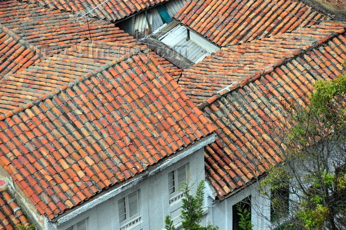 colombia84: Bogotá, Colombia: red roofs near Universidade de Los Andes - barrio Las Aguas - La Candelaria - photo by M.Torres - (c) Travel-Images.com - Stock Photography agency - Image Bank