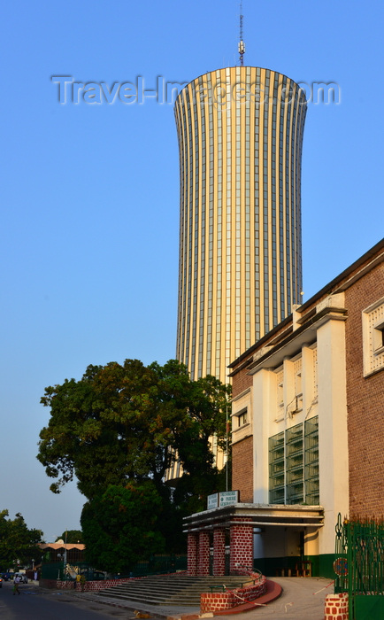 congo35: Brazzaville, Congo: colonial building of the Treasury, Paymaster General and the Nabemba tower / Tour Nabemba, aka Elf Tower, Avenue Amilcar Cabral - photo by M.Torres - (c) Travel-Images.com - Stock Photography agency - Image Bank