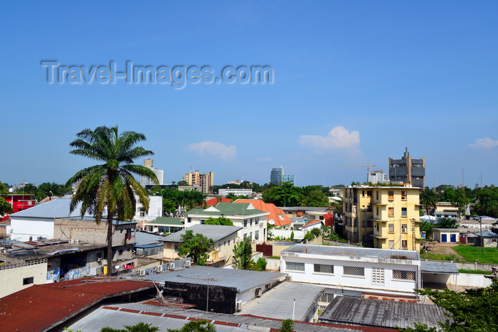 congo63: Brazzaville, Congo: an african city skyline - plenty of green and the city's most iconic buildings -  Nabemba tower, Congo National Petroleum Company (SNPC), ARC building,  Bank of Central African States (BEAC) - photo by M.Torres - (c) Travel-Images.com - Stock Photography agency - Image Bank
