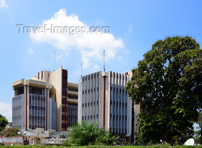 congo79: Brazzaville, Congo: building of the Bank for the Development of the Central African States (BDEAC) - international financial institution responsible for financing the development of member countries of the Economic and Monetary Community of Central Africa (CEMAC) - Boulevard Denis Sassou Nguesso - photo by M.Torres - (c) Travel-Images.com - Stock Photography agency - Image Bank