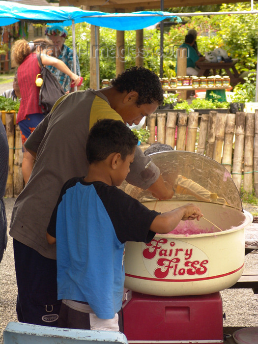 cook22: Cook Islands - Rarotonga island: making fairy floss on market day - sweets - Cotton candy - candy floss -cotton candy - photo by B.Goode - (c) Travel-Images.com - Stock Photography agency - Image Bank