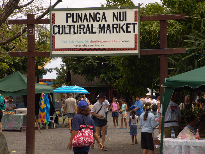 cook23: Cook Islands - Rarotonga island: Avarua - Punanga Nui Cultural Market - photo by B.Goode - (c) Travel-Images.com - Stock Photography agency - Image Bank