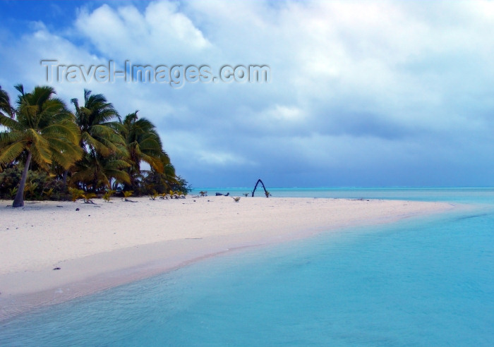 cook56: Cook Islands - Aitutaki: Wedding Beach - photo by B.Goode - (c) Travel-Images.com - Stock Photography agency - Image Bank